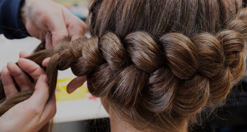Как, где пройти и, что проходят в студии плетения кос