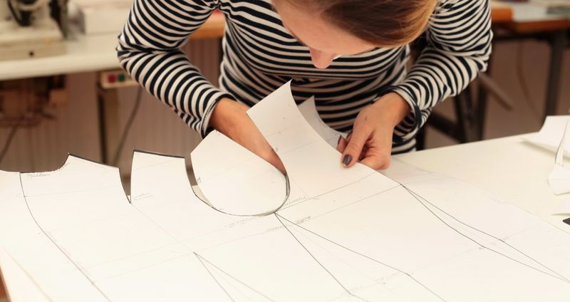 Как и где пойти на курсы обучения пошиву платьев