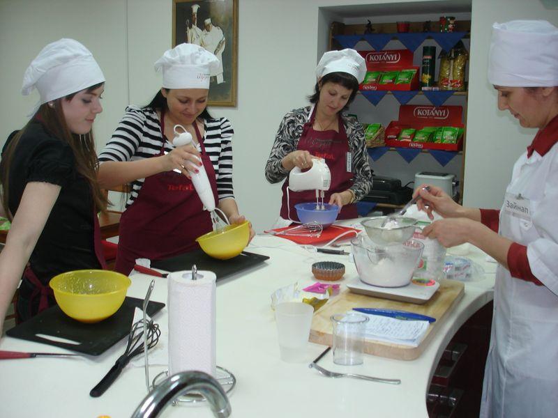 Как и где пойти на семинар (тренинг) по украшению тортов