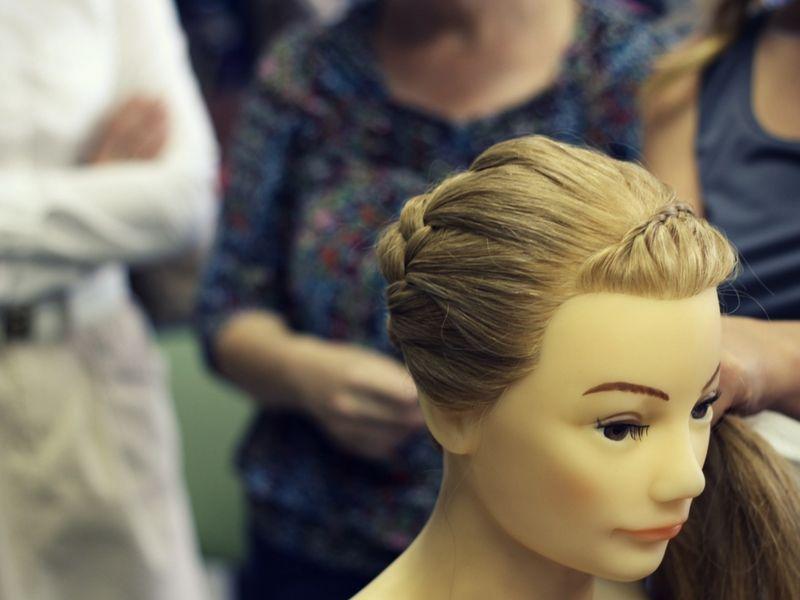 Подскажите, посоветуйте студию плетения кос